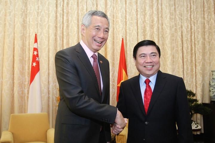 Thủ tướng Singapore vui mừng sau 10 năm trở lại TP.HCM - ảnh 11