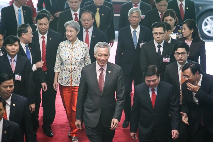 Thủ tướng Singapore vui mừng sau 10 năm trở lại TP.HCM - ảnh 13