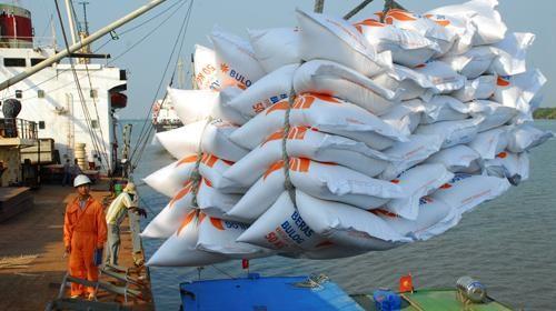 Trung Quốc vẫn ăn gạo Việt nhiều nhất - ảnh 1