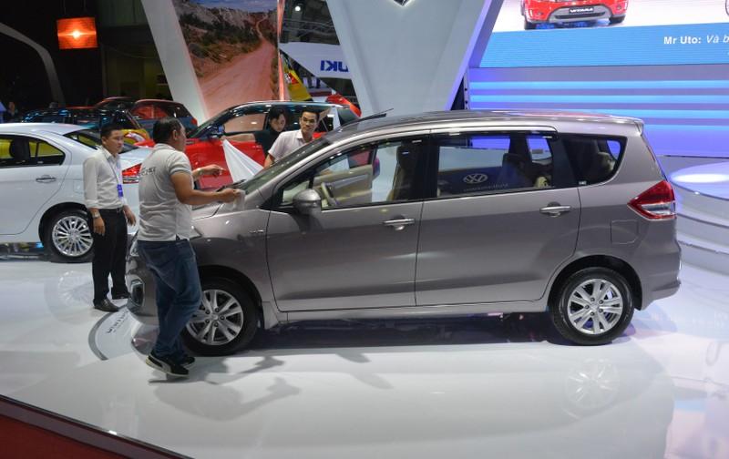Xem xét ưu đãi thuế ô tô trong nước... 'sợ' WTO - ảnh 1