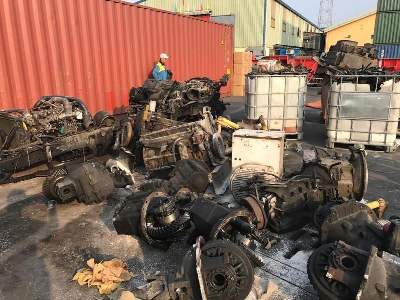 Khẩn cấp chặn rác từ các nước ồ ạt tràn vào Việt Nam - ảnh 1