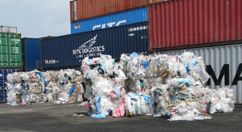 Khẩn cấp chặn rác từ các nước ồ ạt tràn vào Việt Nam - ảnh 2