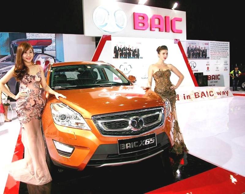 Ô tô Trung Quốc vẫn ào ào nhập vào Việt Nam - ảnh 1