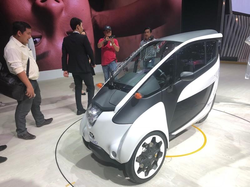 'Độc, lạ' chiếc xe điện 3 bánh I-Road tại triển lãm ô tô 2018 - ảnh 2