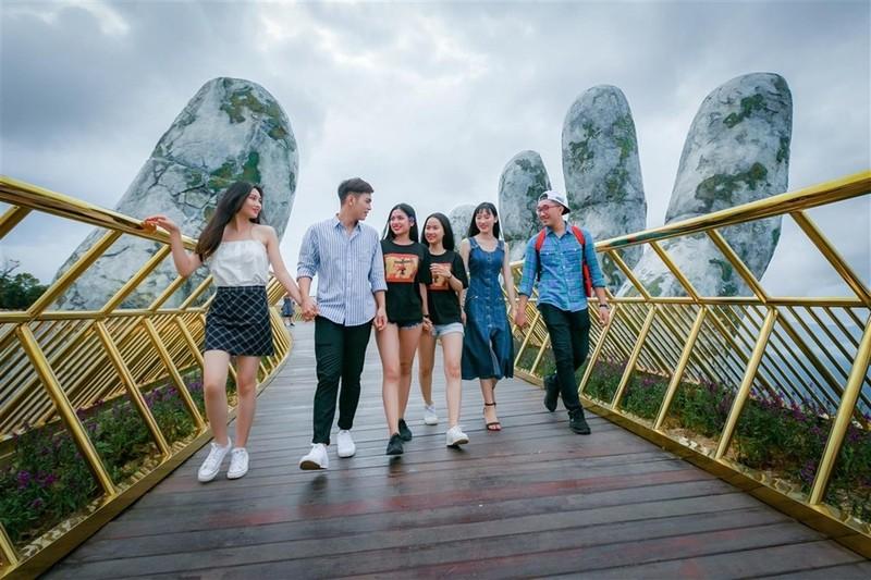 Khách du lịch Hàn Quốc, Thái Lan đến Việt Nam ngày càng nhiều - ảnh 1