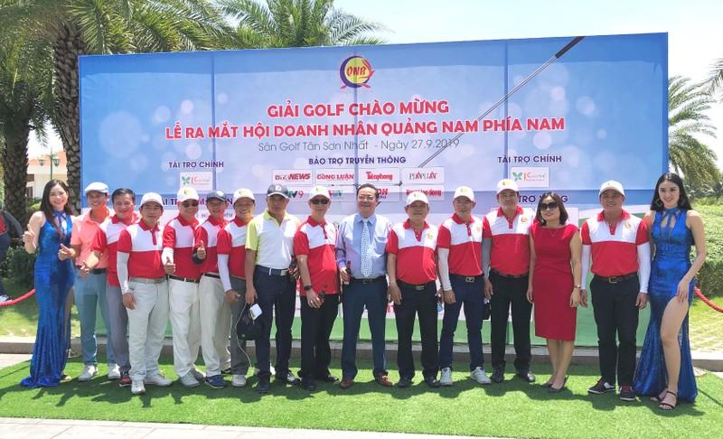 Hơn 200 golfer doanh nhân tranh tài tại giải Golf QNB - ảnh 1