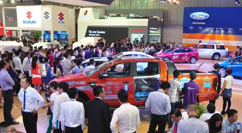 Ô tô Thái Lan ồ ạt vào VN giá chỉ hơn 300 triệu đồng/chiếc - ảnh 1