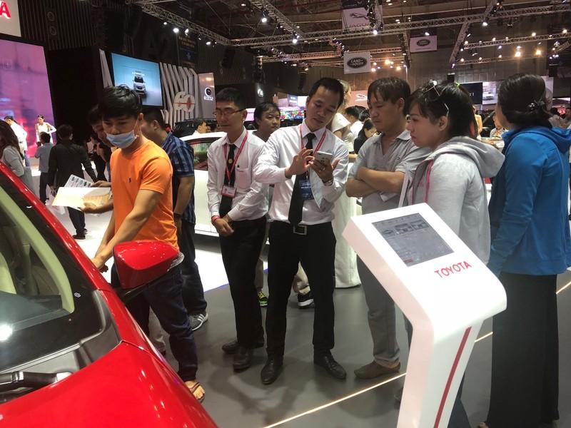 Đón thị trường tết, ô tô Indonesia và Trung Quốc ào ào vào VN - ảnh 1
