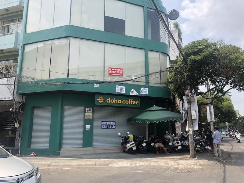 Hàng loạt nhà hàng, cà phê ở TP.HCM đóng cửa 'bỏ chạy' - ảnh 2