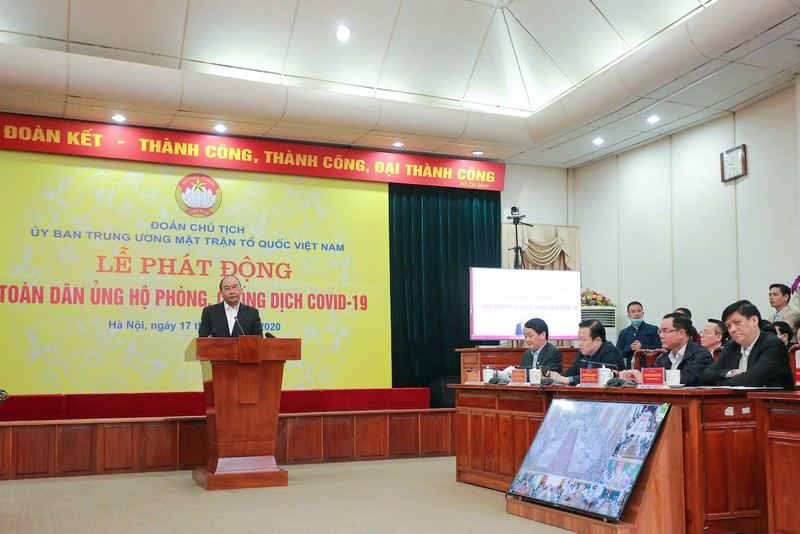 hinh-Thu-tuong-Nguyen-Xuan-Phuc-phat-dong-chong-dich-COVID19