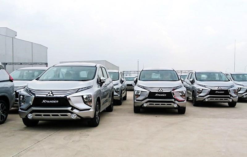 Hàng ngàn ô tô giá từ 400 triệu đồng nhập về VN  - ảnh 1