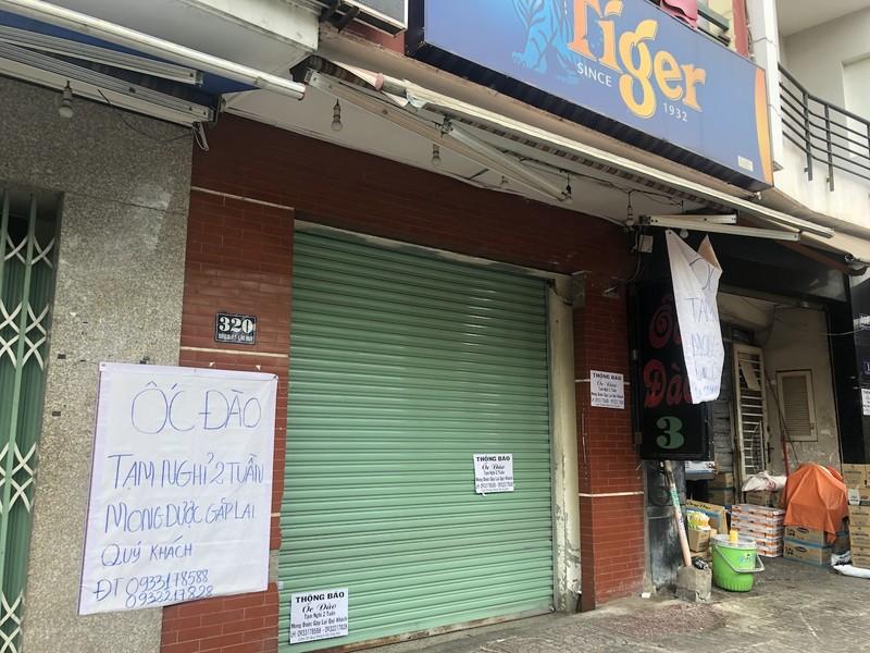Hàng loạt quán ăn, salon tóc... đóng cửa chống dịch COVID-19 - ảnh 6
