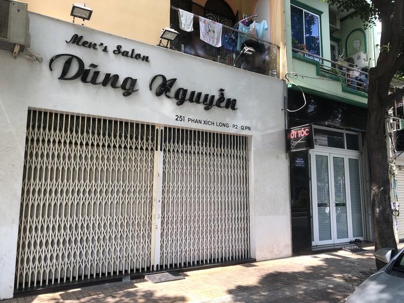 Hàng loạt quán ăn, salon tóc... đóng cửa chống dịch COVID-19 - ảnh 9