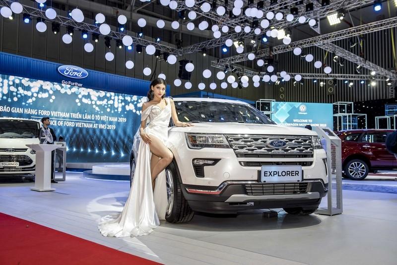 Hàng loạt mẫu xe giảm giá từ 100 đến 500 triệu đồng/chiếc - ảnh 1
