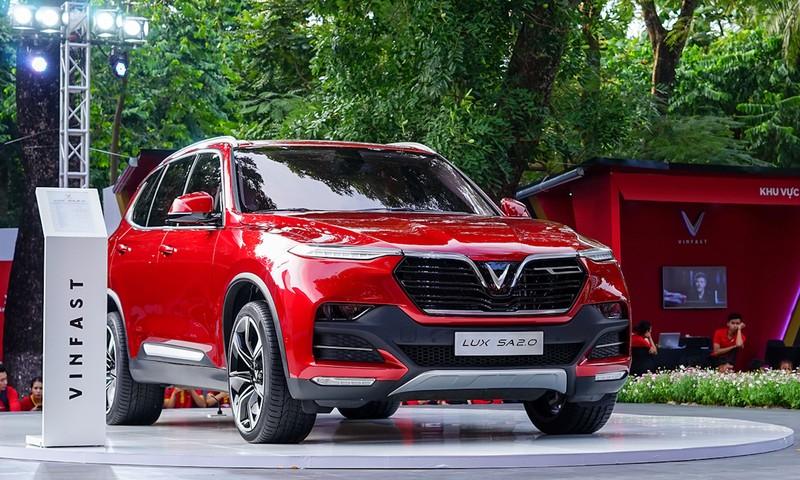 Hàng loạt mẫu xe giảm giá từ 100 đến 500 triệu đồng/chiếc - ảnh 2