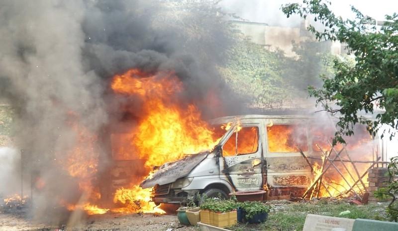 Những lưu ý 'sống còn' để phòng cháy nổ ô tô trong mùa nóng - ảnh 3