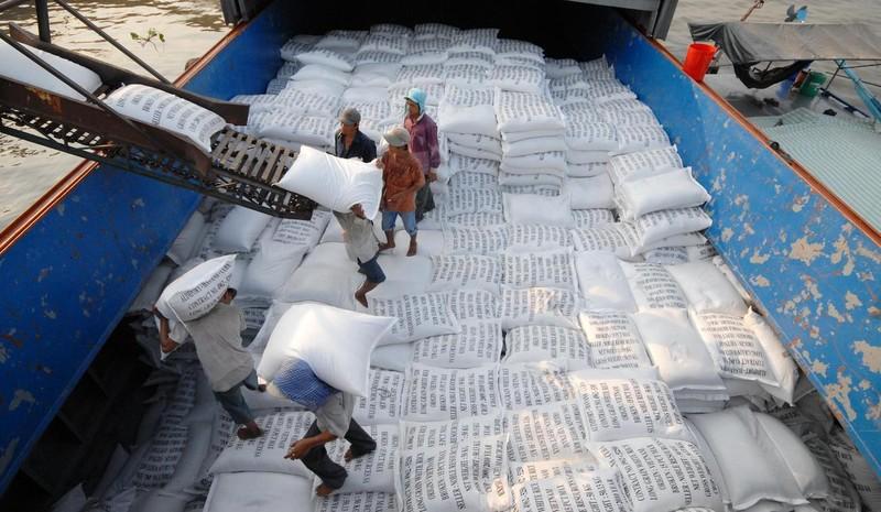 Trung Quốc tiếp tục tăng mua, gạo Việt bán được giá cao - ảnh 1