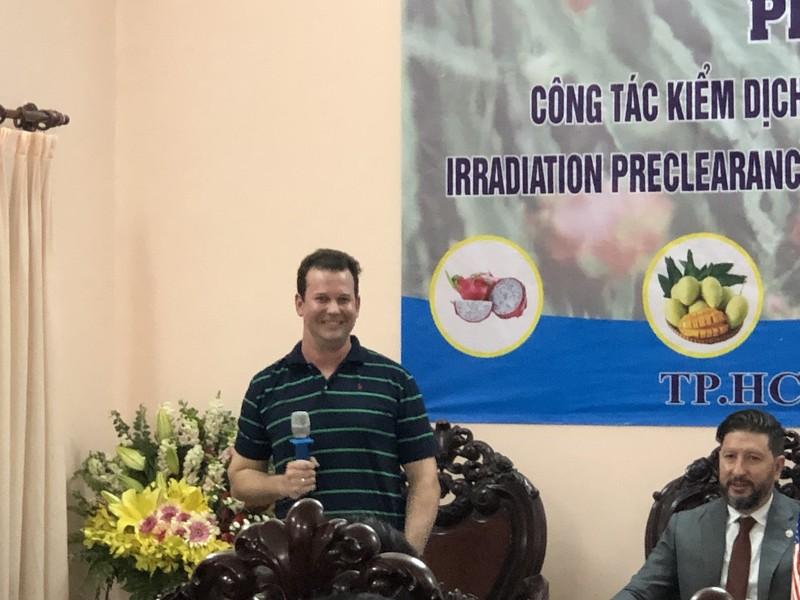 Chuyên gia tới Việt Nam, 2.000 tấn trái cây bay sang Mỹ - ảnh 2
