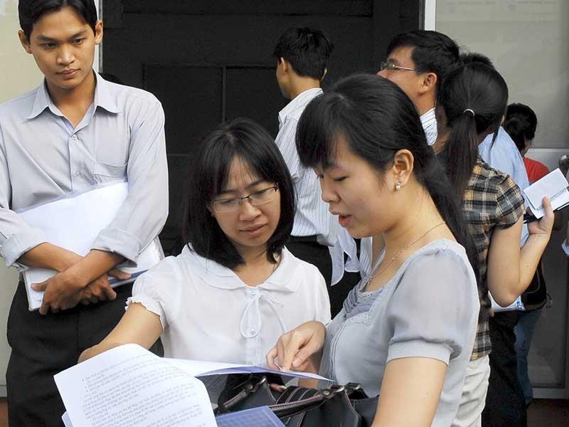 TP.HCM bỏ hộ khẩu trong tuyển dụng công chức - ảnh 1