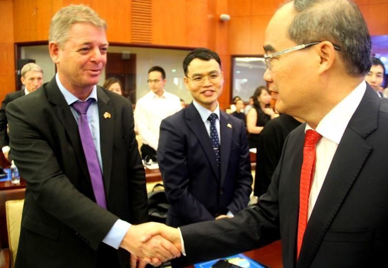 Nhà đầu tư nước ngoài đề nghị gì với lãnh đạo TPHCM - ảnh 1