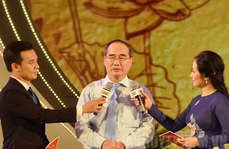 Di chúc của Chủ tịch Hồ Chí Minh - nguồn sáng dẫn đường - ảnh 1