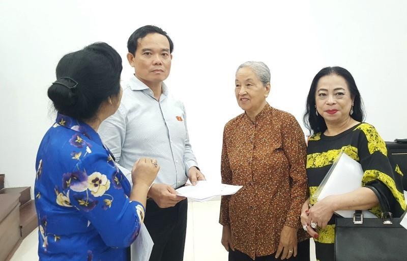 Ông Trần Lưu Quang nói với cử tri quận 1 về tín dụng đen - ảnh 1
