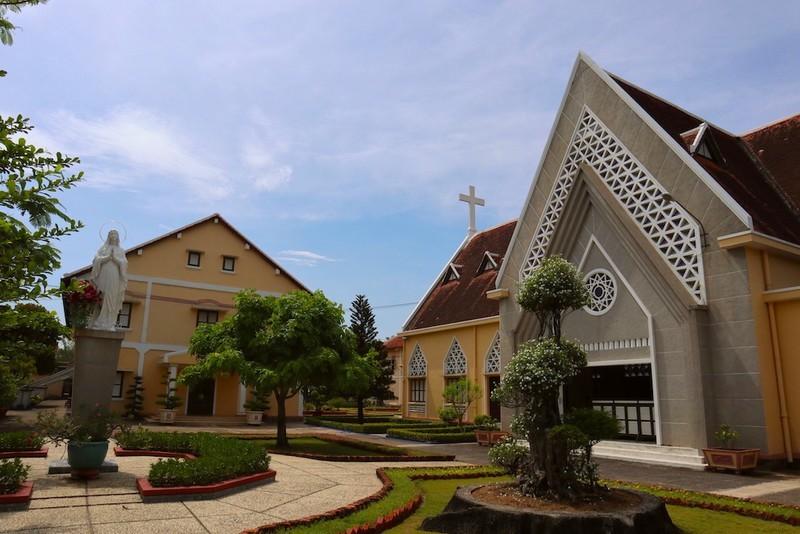 Tu viện và nhà thờ Thủ Thiêm được xếp hạng di tích cấp TP - ảnh 1
