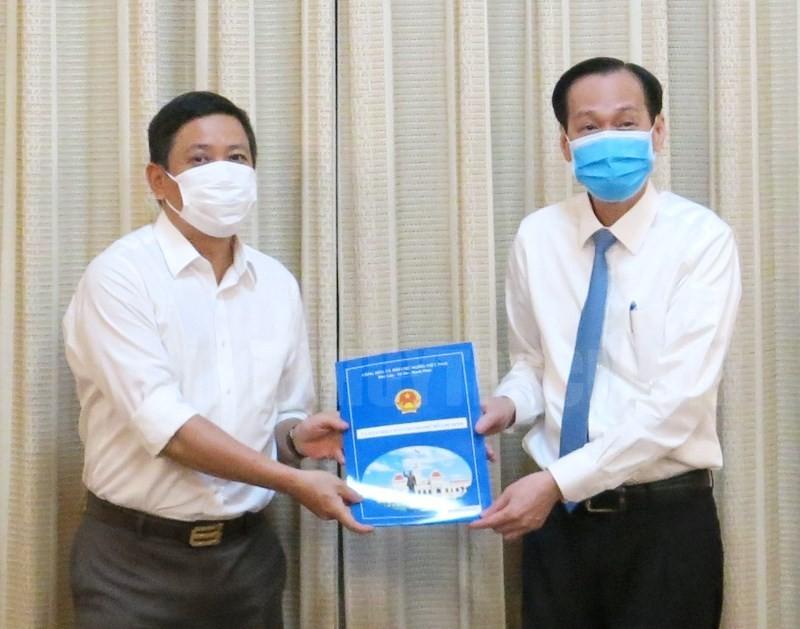 TP.HCM phê chuẩn 2 phó chủ tịch quận 1 và Tân Bình - ảnh 1
