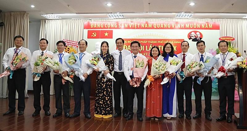 Ông Huỳnh Văn Hạnh tái đắc cử Bí thư Đảng ủy Sở Tư pháp  - ảnh 1