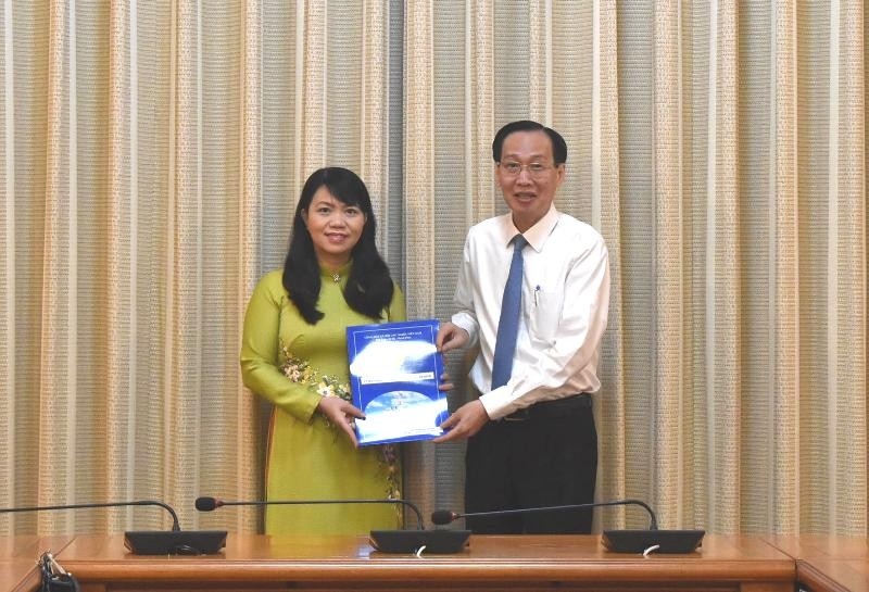 Bà Vũ Thị Huỳnh Mai làm Phó Chánh Văn phòng UBND TP.HCM - ảnh 1