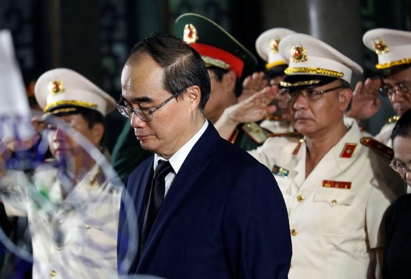 Nhiều đoàn lãnh đạo Đảng và Nhà nước đến viếng ông Mười Hương - ảnh 6