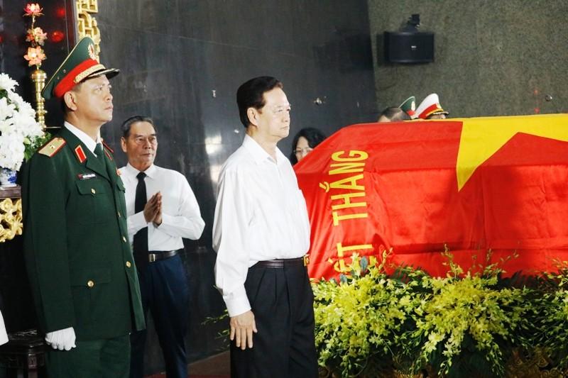 Nhiều đoàn lãnh đạo Đảng và Nhà nước đến viếng ông Mười Hương - ảnh 5