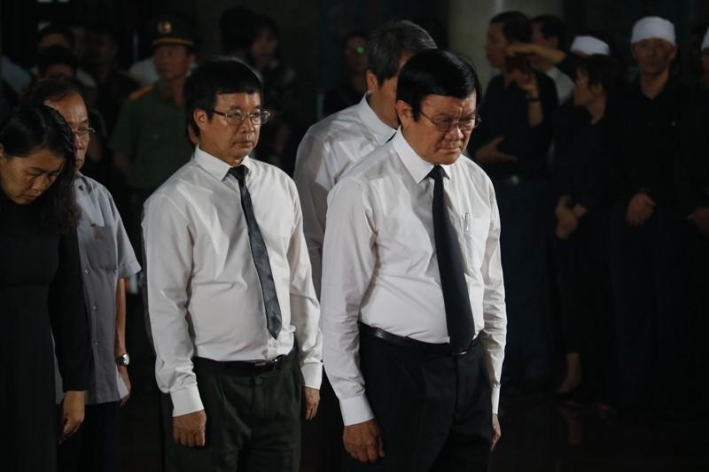 Nhiều đoàn lãnh đạo Đảng và Nhà nước đến viếng ông Mười Hương - ảnh 4