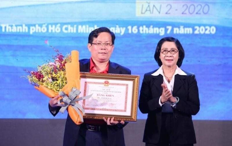 Ký kết trao tặng 1 triệu lá cờ Tổ quốc cho ngư dân bám biển - ảnh 2