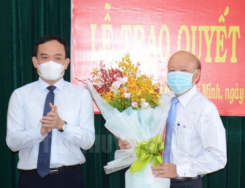 Huyện Bình Chánh có Bí thư mới, ông Nguyễn Văn Phụng xin nghỉ  - ảnh 2