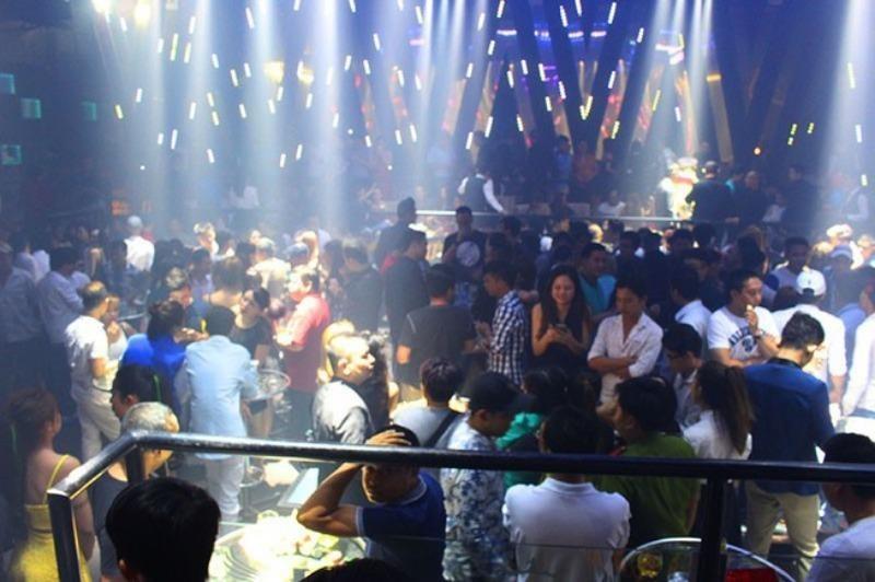 TP.HCM: Từ 18 giờ chiều nay, quán bar được mở cửa trở lại - ảnh 1