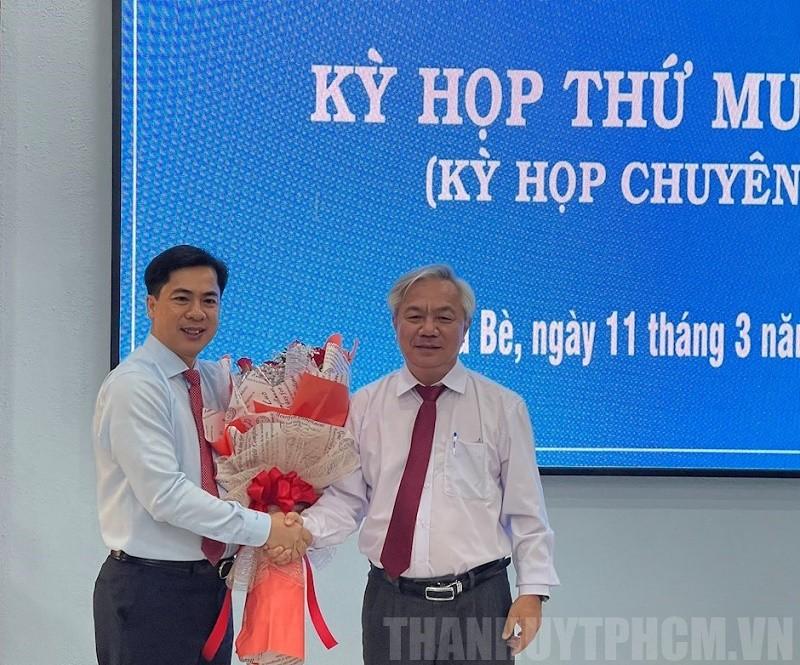 Ông Triệu Đỗ Hồng Phước làm Chủ tịch UBND huyện Nhà Bè - ảnh 1
