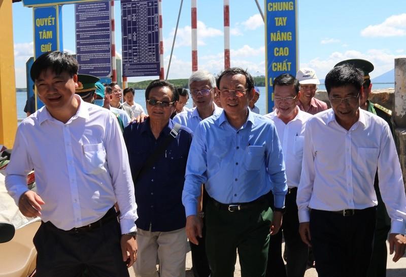 Bí thư Nguyễn Văn Nên đi khảo sát tại xã đảo Thạnh An - ảnh 1
