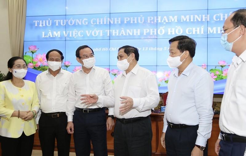 TP.HCM kiến nghị nhiều vấn đề tại buổi làm việc với Thủ tướng - ảnh 3