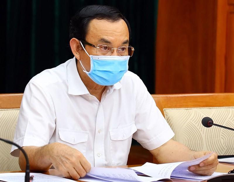 Bí thư TP.HCM trao đổi với Bộ trưởng Y tế về vaccine COVID-19 - ảnh 1