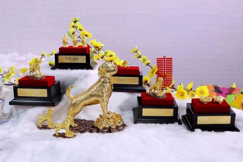 Linh vật 'Kim Tuyển' lên ngôi trước ngày vía Thần Tài - ảnh 1