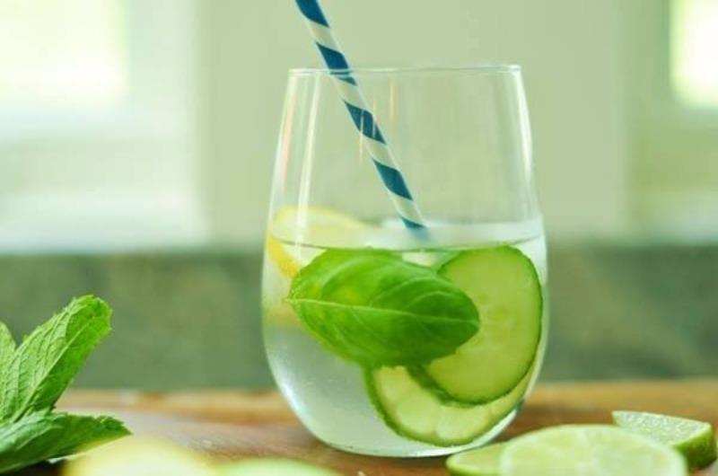 10 loại nước nên uống vào mùa nắng nóng - ảnh 2