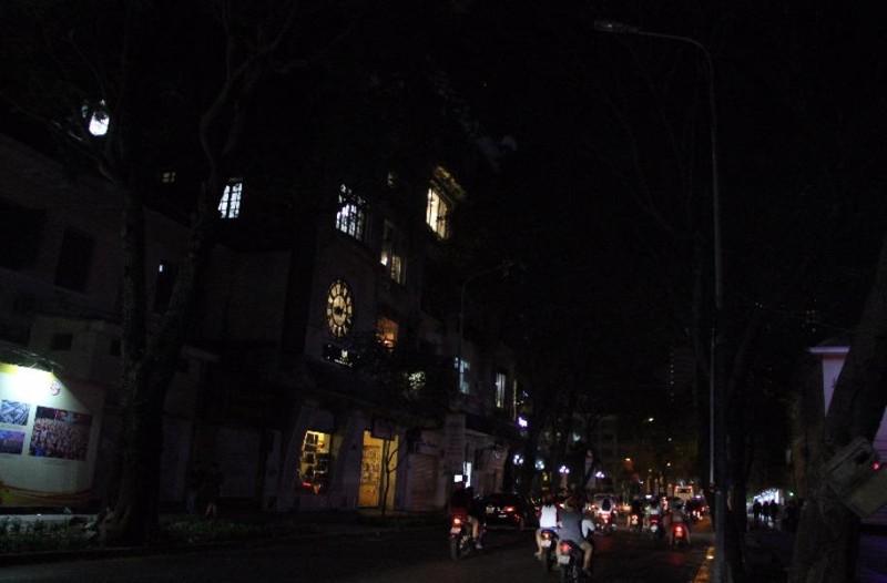 TP. HCM: Tắt điện toàn thành phố hưởng ứng Giờ Trái đất - ảnh 6