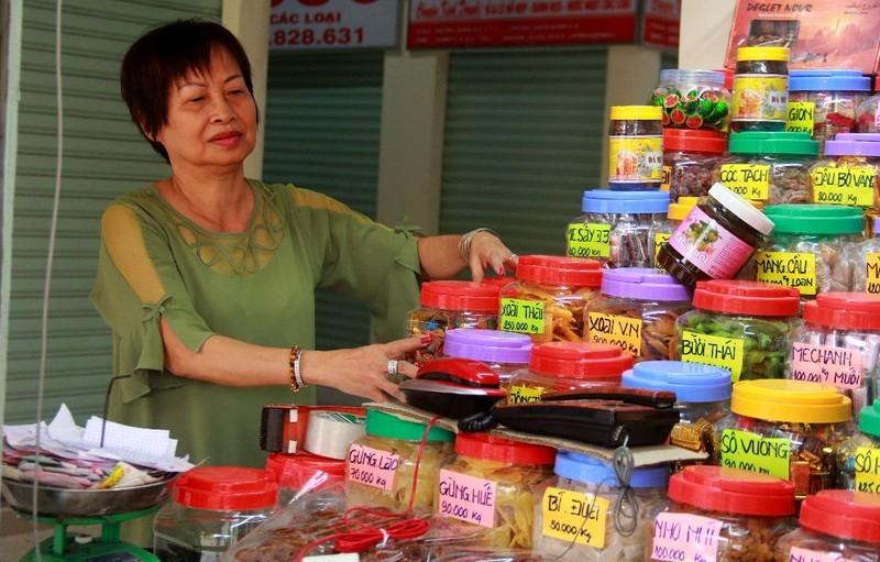 Cận cảnh chợ Bình Tây ngày chính thức hoạt động trở lại - ảnh 7