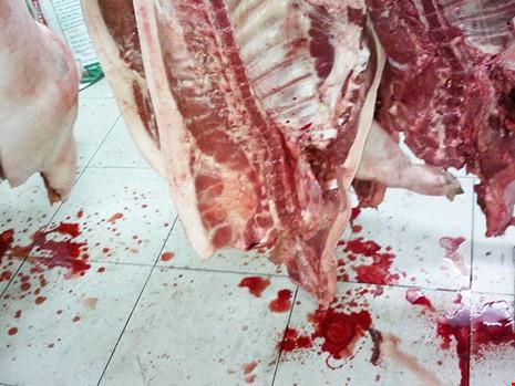 Ăn thịt heo bị bơm nước tăng trọng có nguy hiểm? - ảnh 2