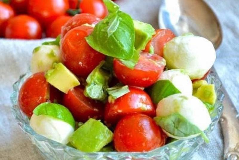 9 thực phẩm bạn nhất định phải biết để chống lại tia UV  - ảnh 1