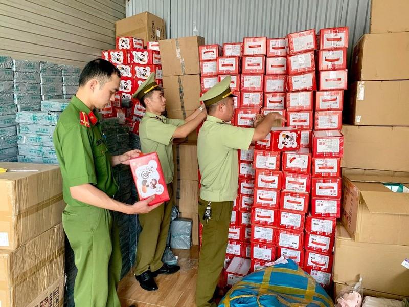 Thu giữ gần 57.000 bánh dẻo Mashu nhập lậu từ Trung Quốc - ảnh 1