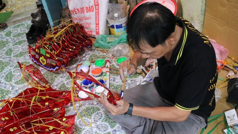 Làng lồng đèn Phú Bình nhộn nhịp mùa trung thu - ảnh 6