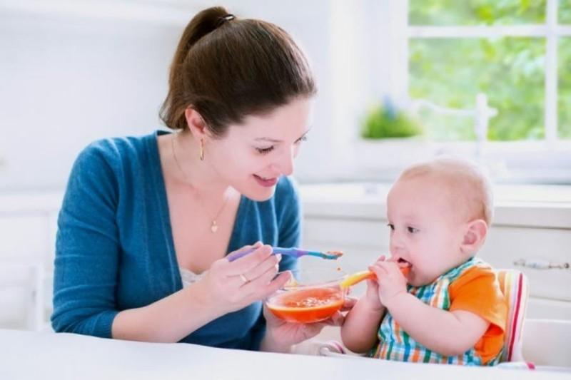Những hiểu lầm thường gặp khi cho trẻ ăn hải sản - ảnh 1