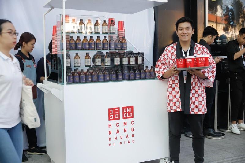 Cửa hàng Nhật mang dù che nắng cho khách Việt mua sắm - ảnh 5